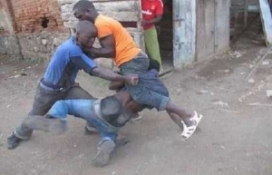 Serious Drama as Two Men Engage in Bloody Fight Over a S*x Worker in Lagos